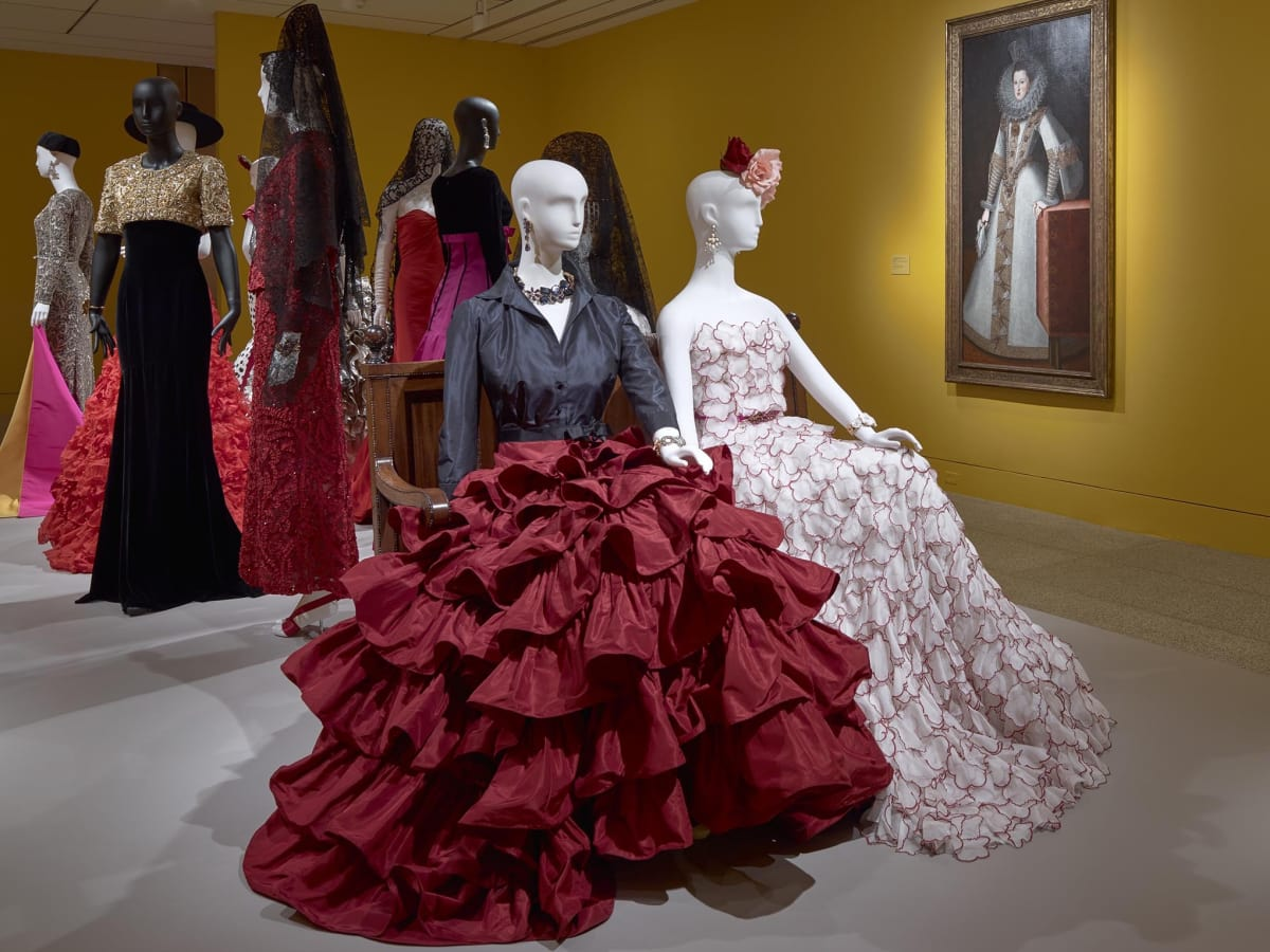 Oscar de la Renta MFAH exhibition ruffled skirt worn by Mica Ertegun to an event celebrating her 40th wedding anniversary to Ahmet Ertegun, 2001