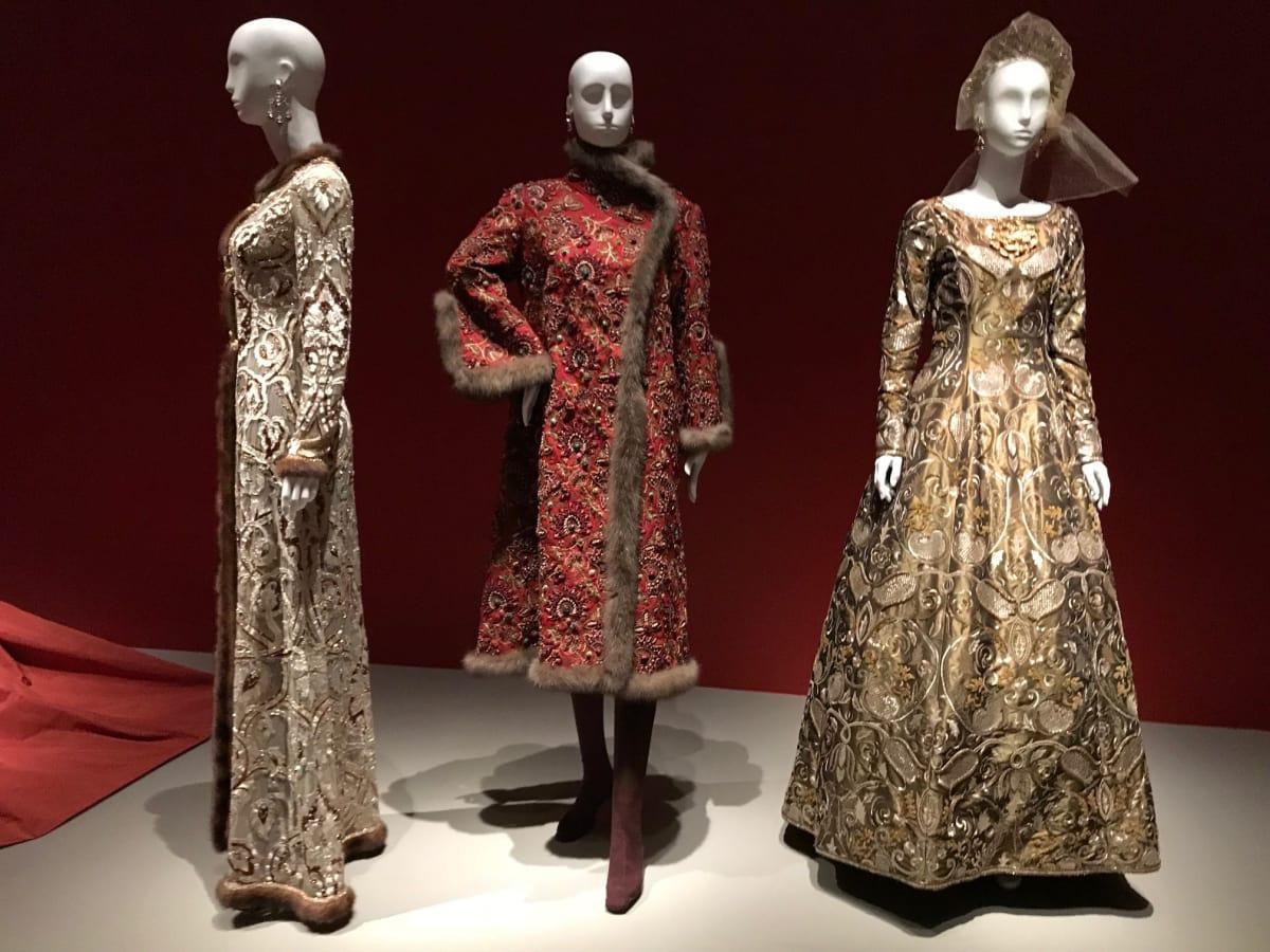 Oscar de la Renta coat worn by Elyse Lanier