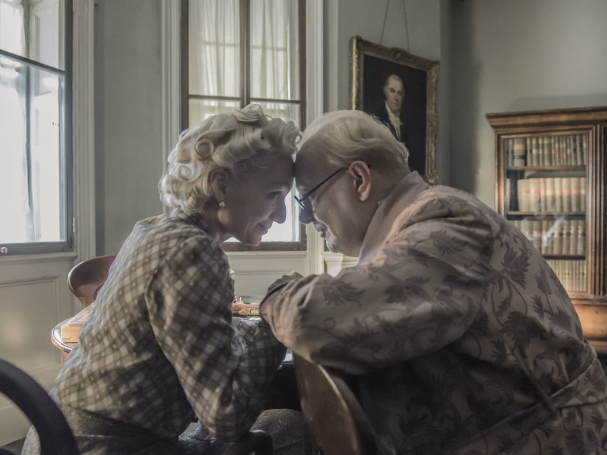 Kristin Scott Thomas and Gary Oldman in Darkest Hour