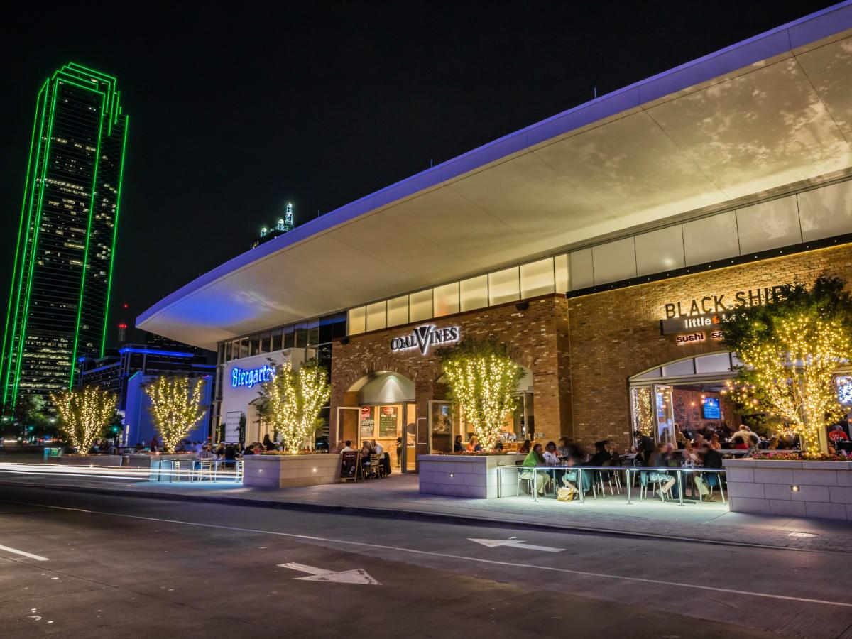 Restaurants on Lamar Street in Dallas