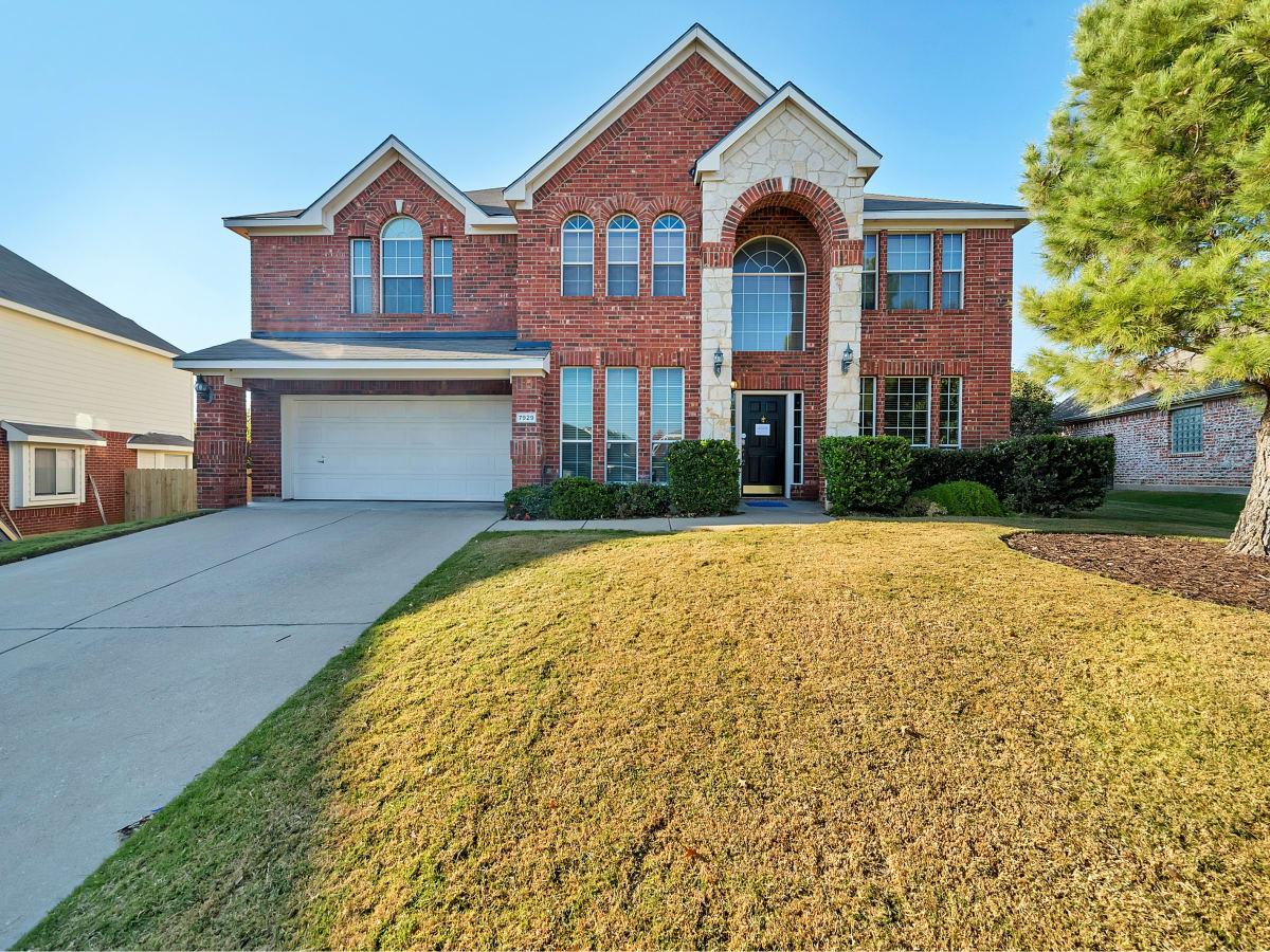 7929 Stansfield Dallas house for sale