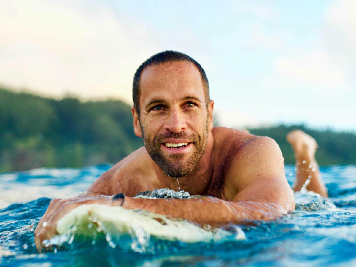 Jack Johnson surfing