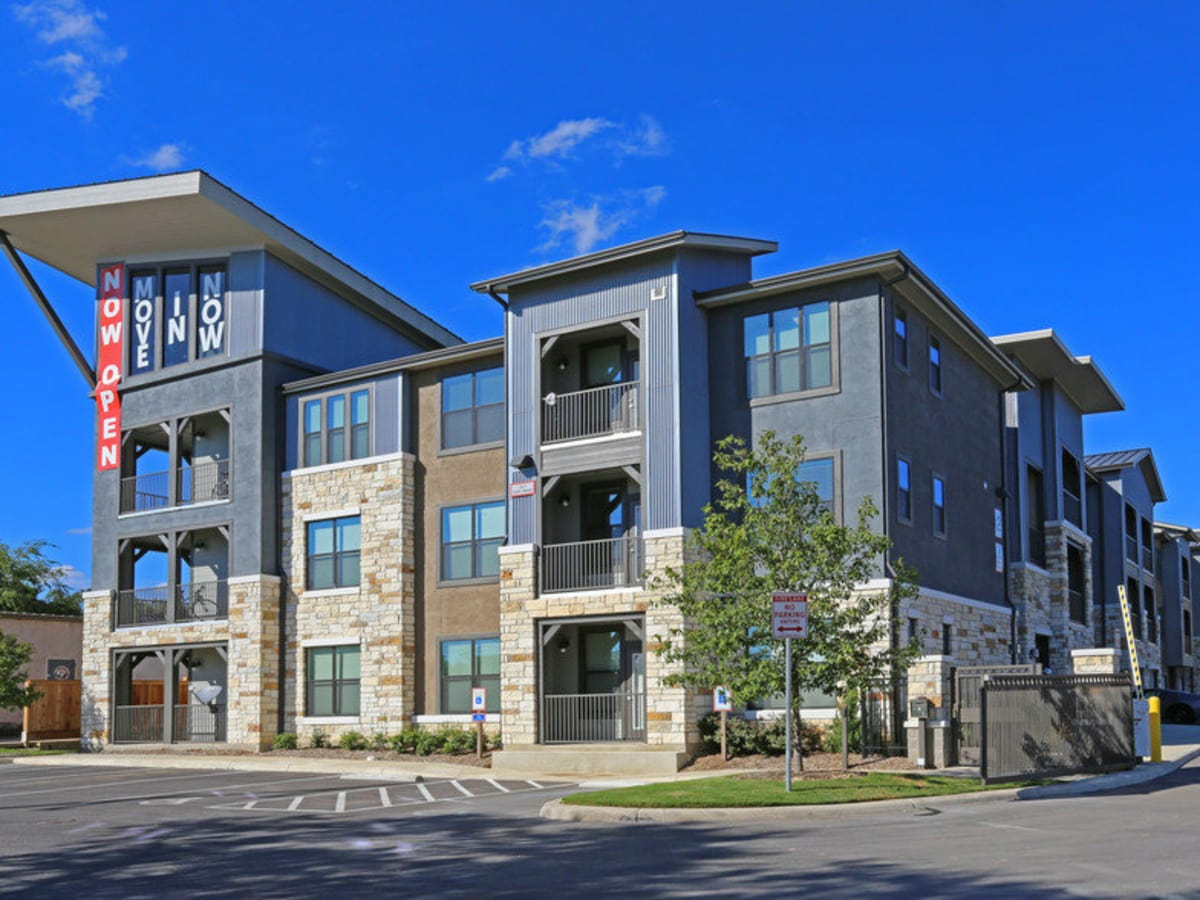 San Antonio apartment building