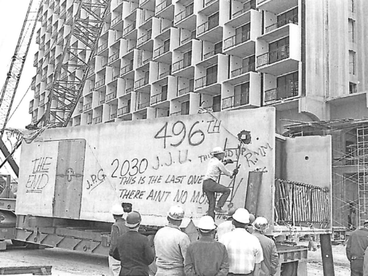 Hilton Palacio del Rio 1968 SA construction