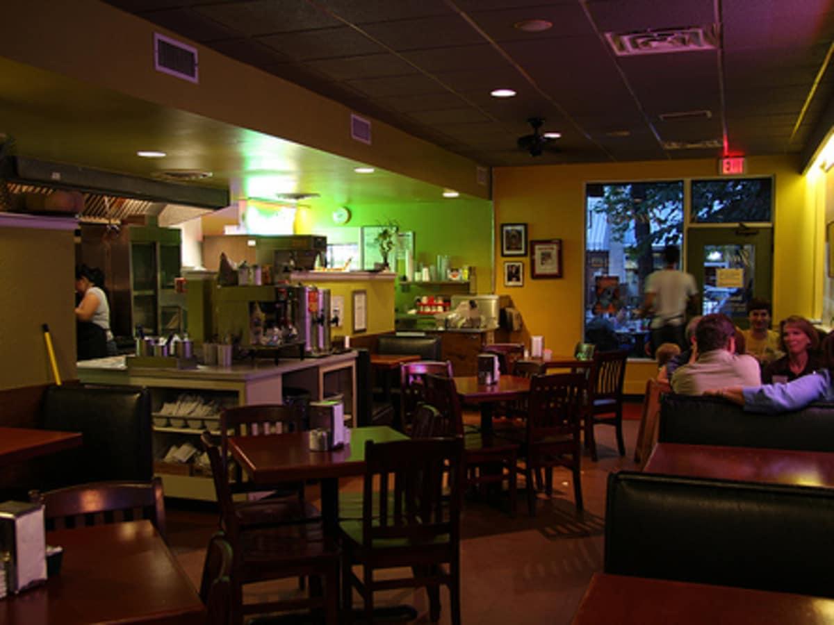 Austin photo: Places_Food_Julio's Cafe_Interior