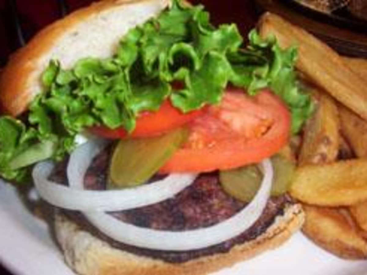 Austin_photo: places_food_hill's_cafe_burger