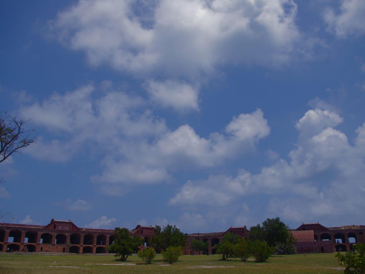 tortugas_clouds