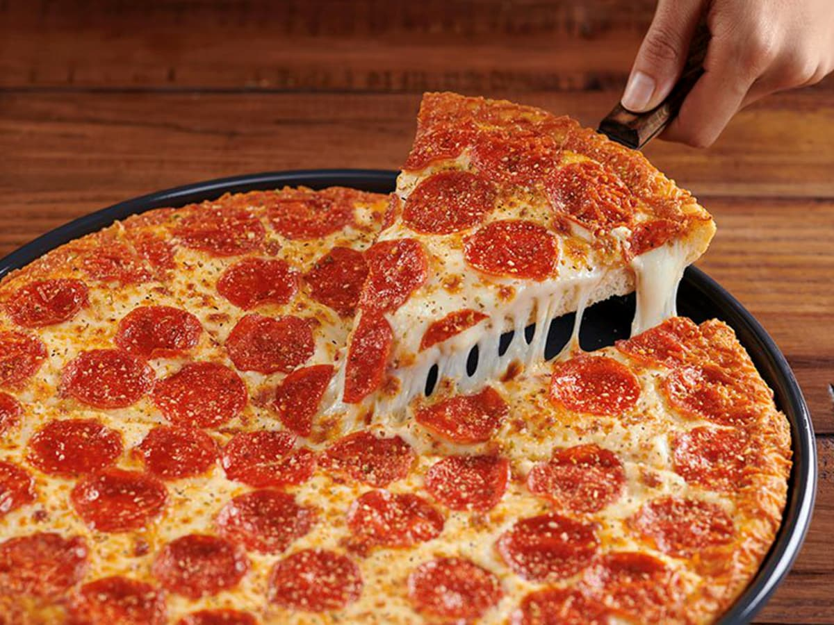 Drive-Thru Gourmet - Pizza Hut Double Cheesy Crust Pan Pizza