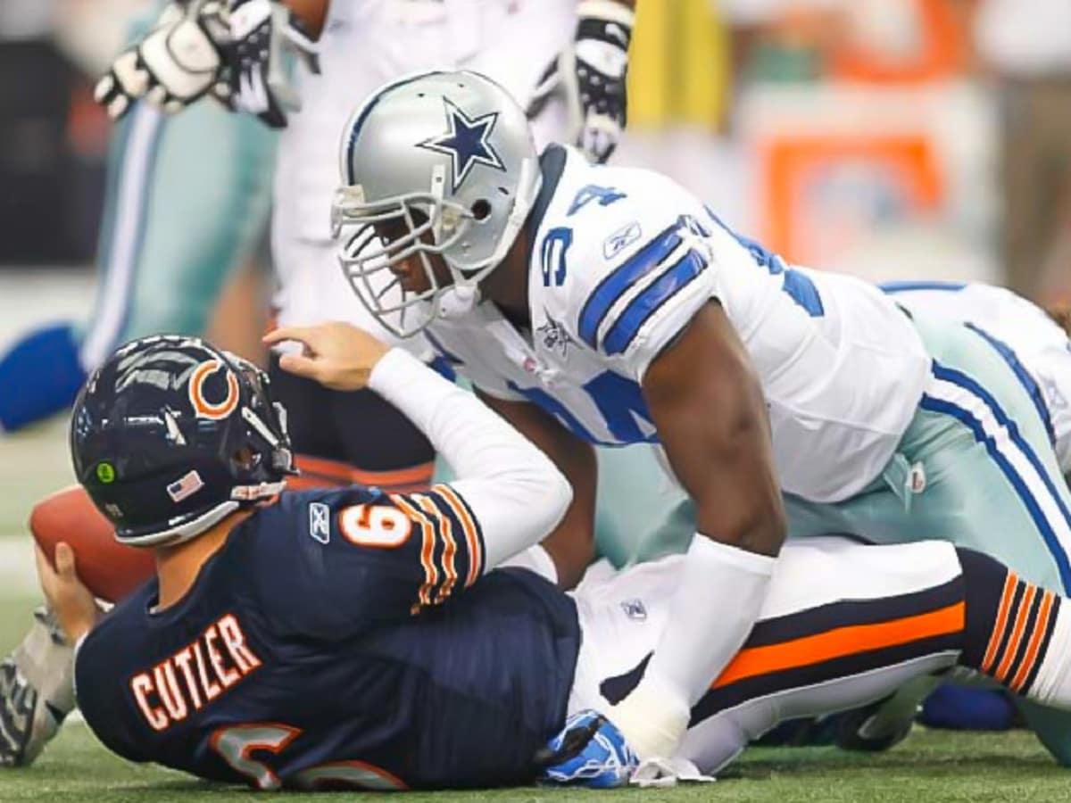 Dallas Cowboy DeMarcus Ware sacks Jay Cutler