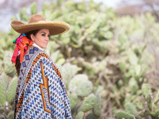 Long Center for the Performing Arts presents Mexico y su Mujer