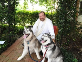 """""""Blessing of the Animals"""" at Bellaire United Methodist Church"""