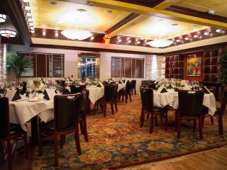 Pappas Bros Steakhouse downtown interior