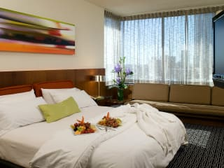 Places-Hotels/Spas-Hotel Derek