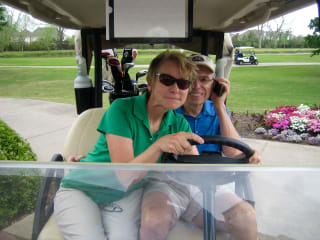 News_Jane Howze_John Mann_golf etiquette_golf cart