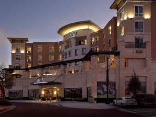 News_AVIA Hotels_The Woodlands_exterior