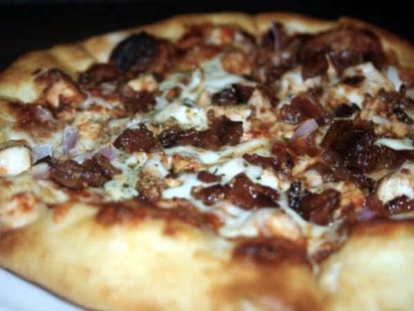 Social Pie, Pizza