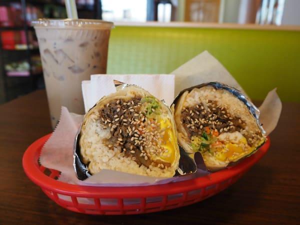 Yummitaco Austin restaurant burrito