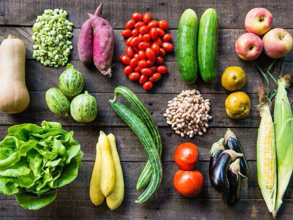 Farmhouse Delivery vegetable bushel August fall 2015