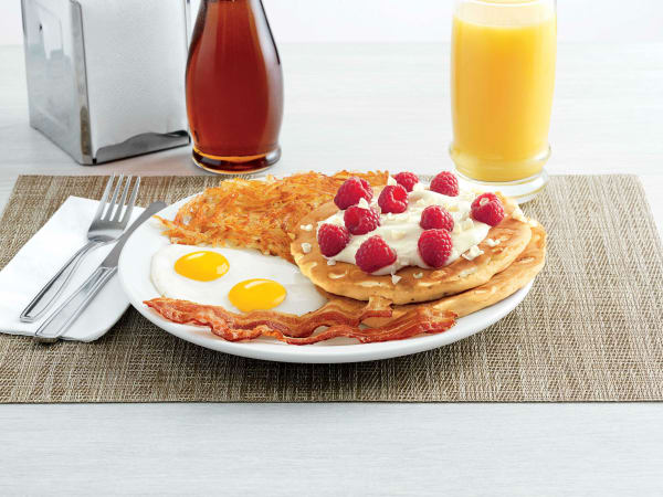 Drive-Thru Gourmet - Denny's white chocolate raspberry pancake breakfast