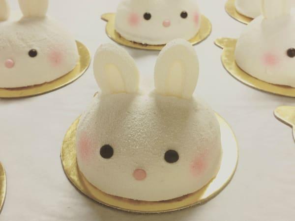 Bakery Lorraine Neapolitan bunnies