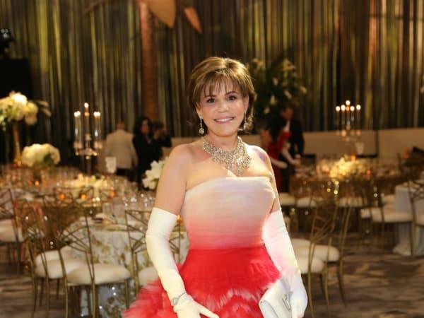 Opera Ball gowns Hallie Vanderhinder in Oscar de la Renta