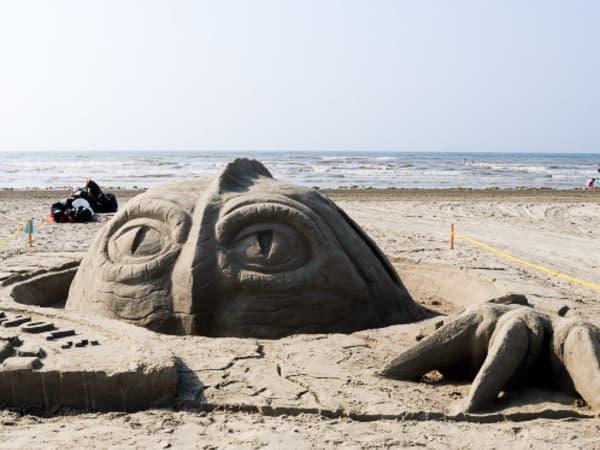 News_Galveston_sandcastle