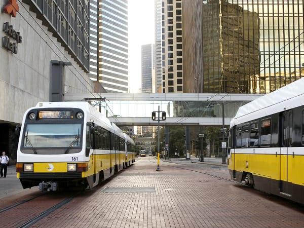 Dart train, rail