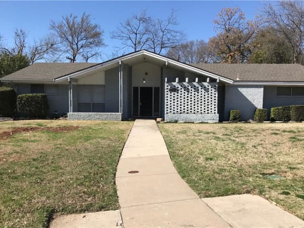 6108 Waco Way Fort Worth home for sale