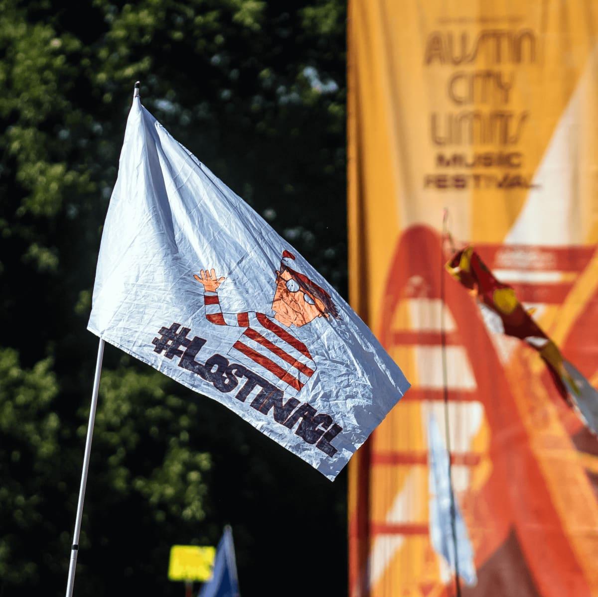 ACL Austin City Limits Music Festival 2016 flags Waldo