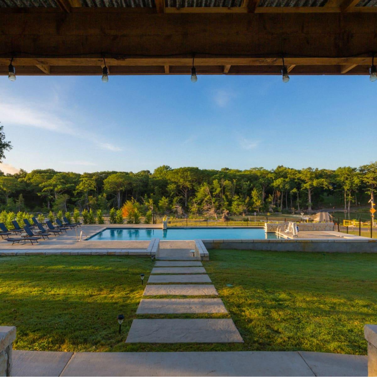 7A Resort Pool