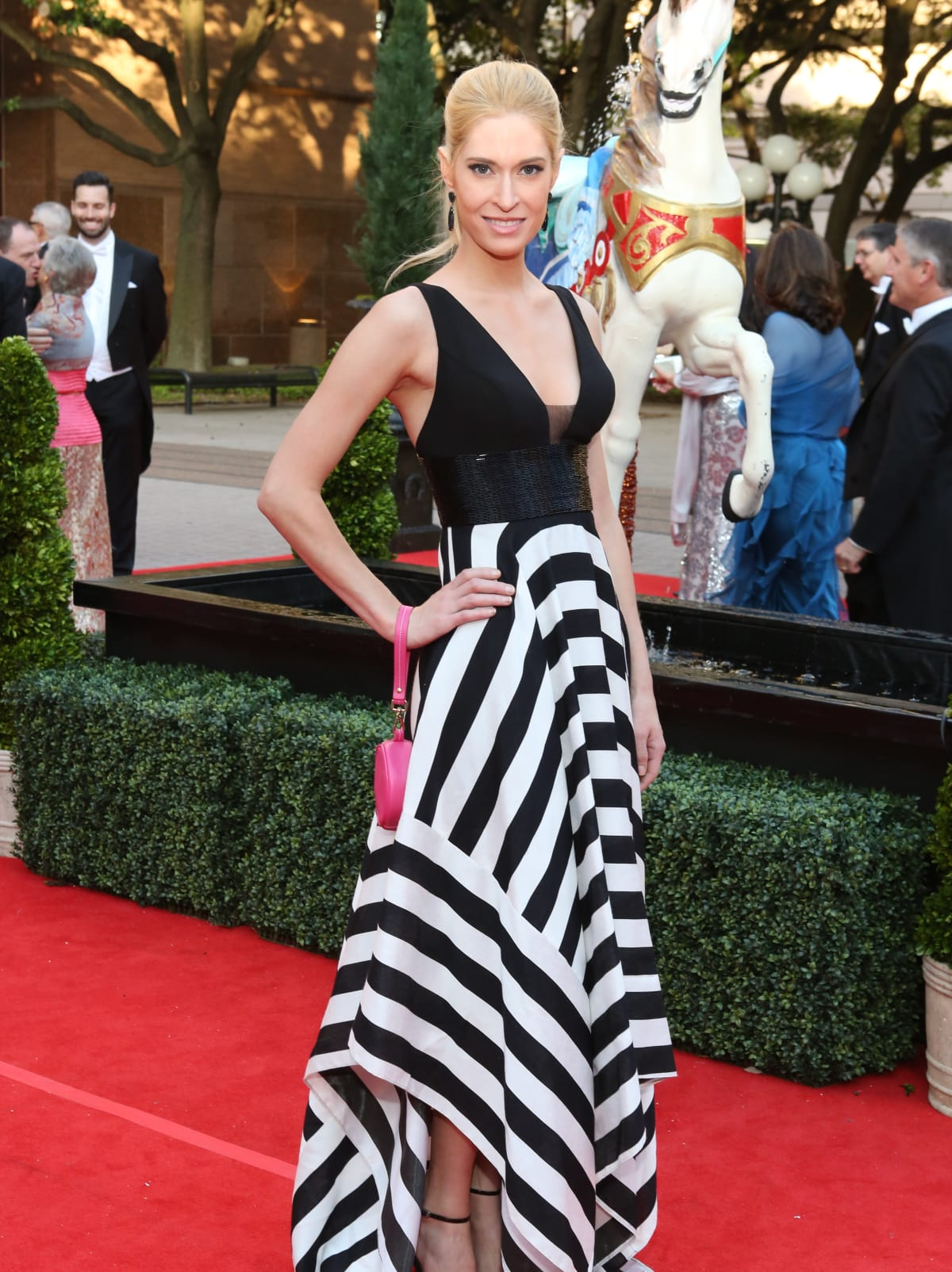 Houston, Opera Ball Gowns, April 2016, Kendall Hanno in Juvanni.
