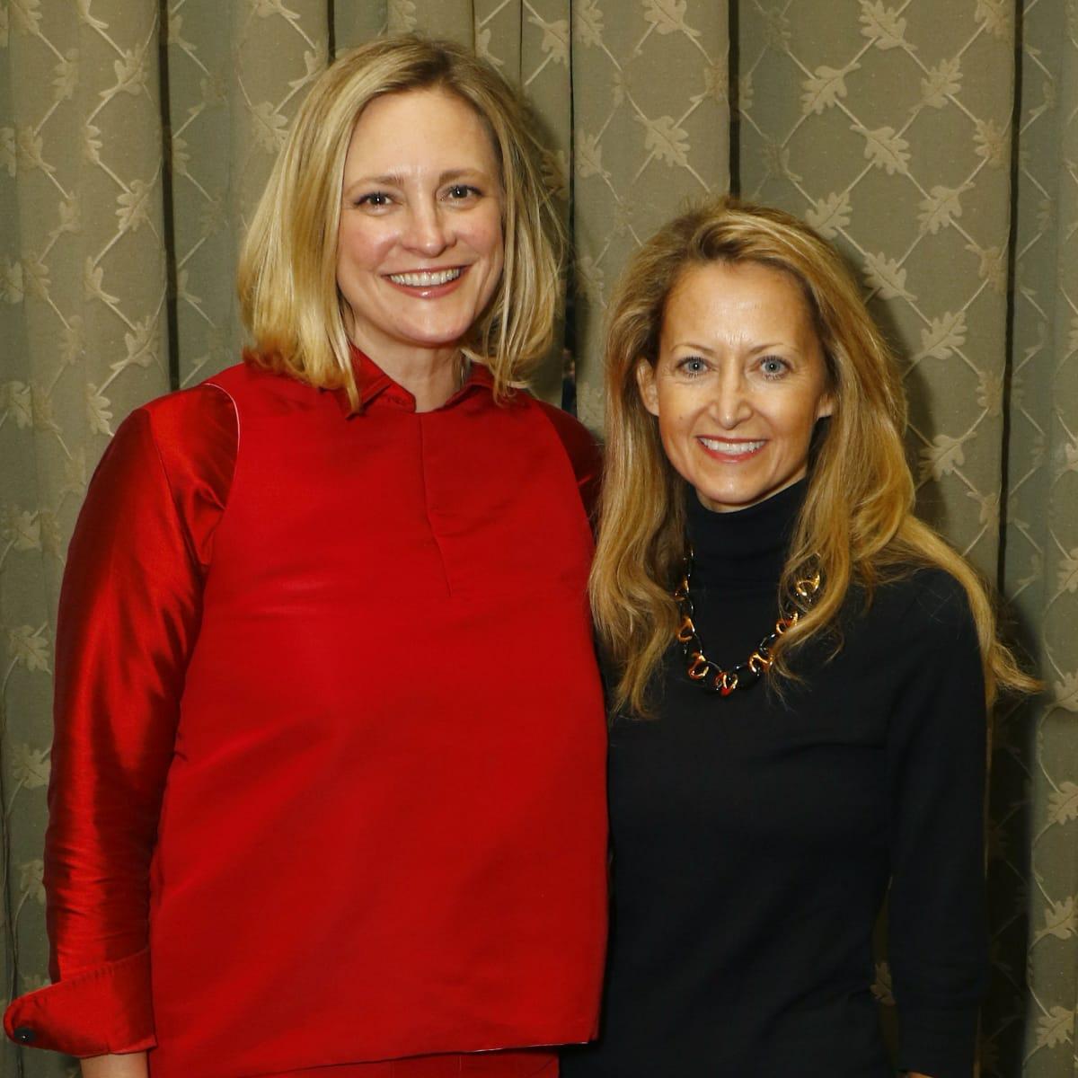 Jennifer Sampson, Lynn McBee