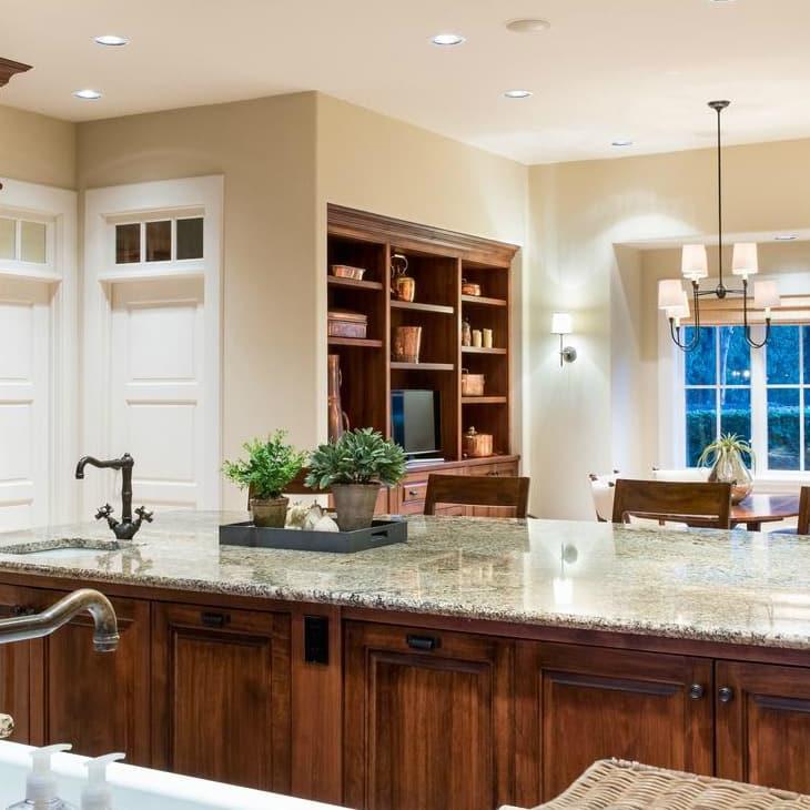 Dennis Quaid Lake Austin Kitchen