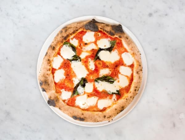 MidiCi margherita pizza