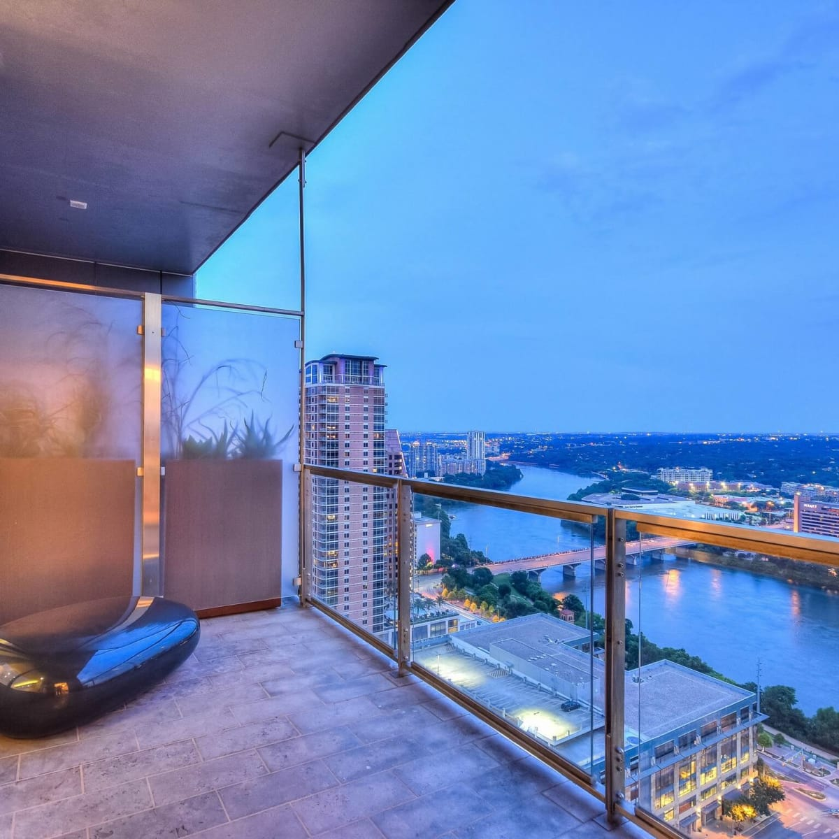 210 Lavaca Austin condo for sale balcony