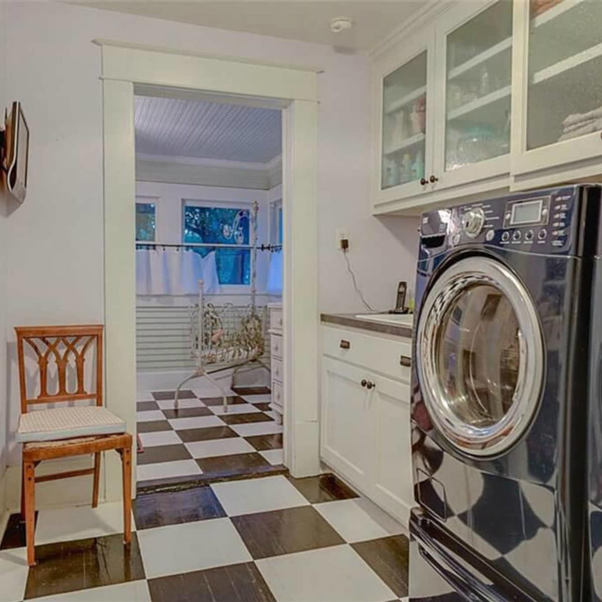 Laundry room at 701 S. Clinton Ave.