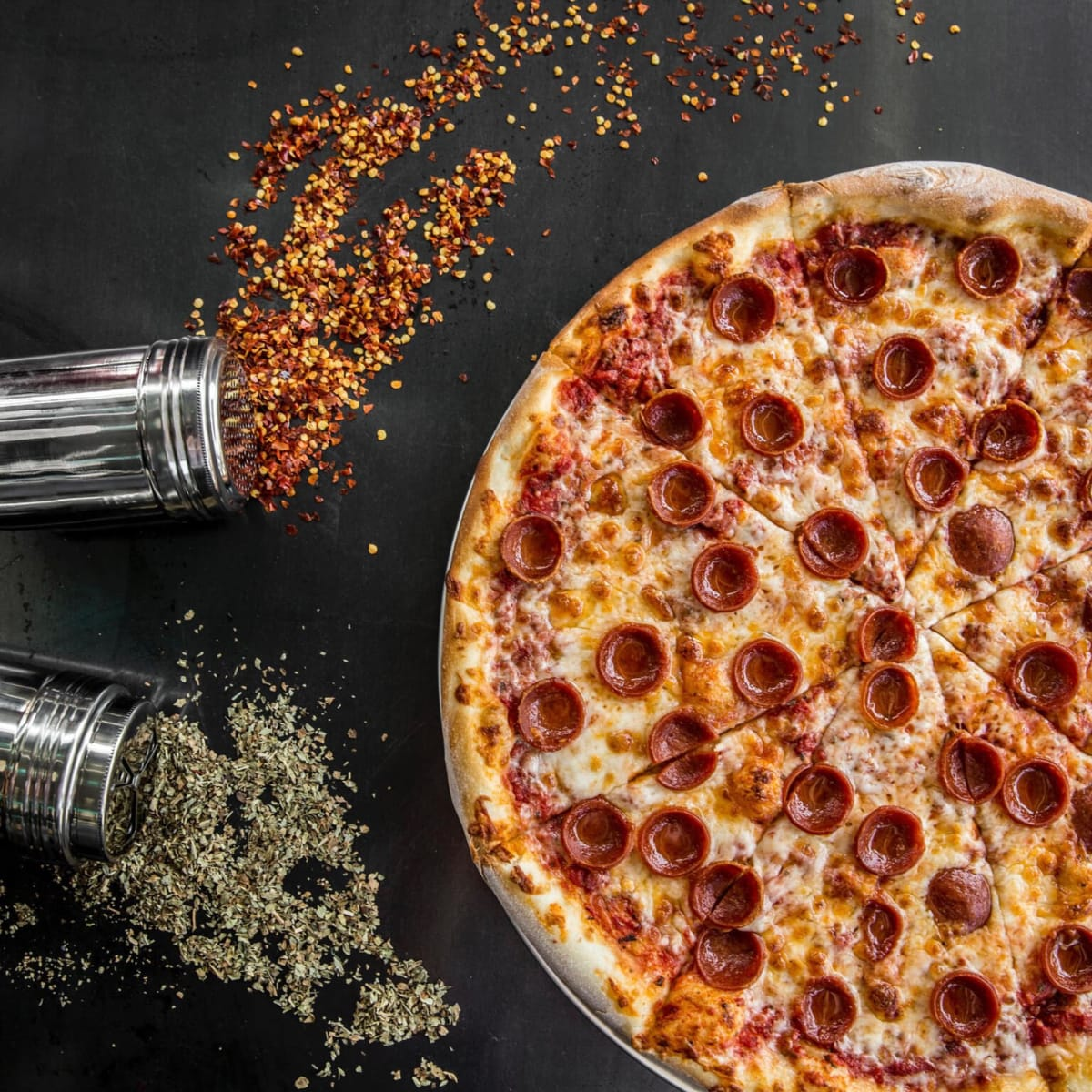 Pi pizza pepperoni