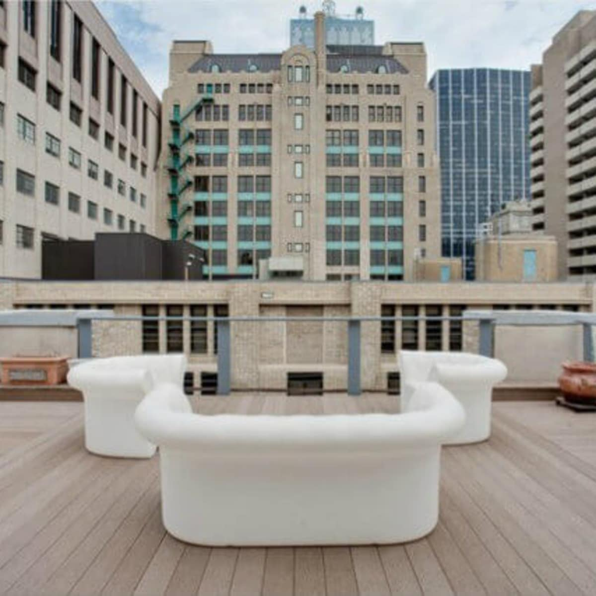 Rooftop lounge at 1122 Jackson St. in Dallas