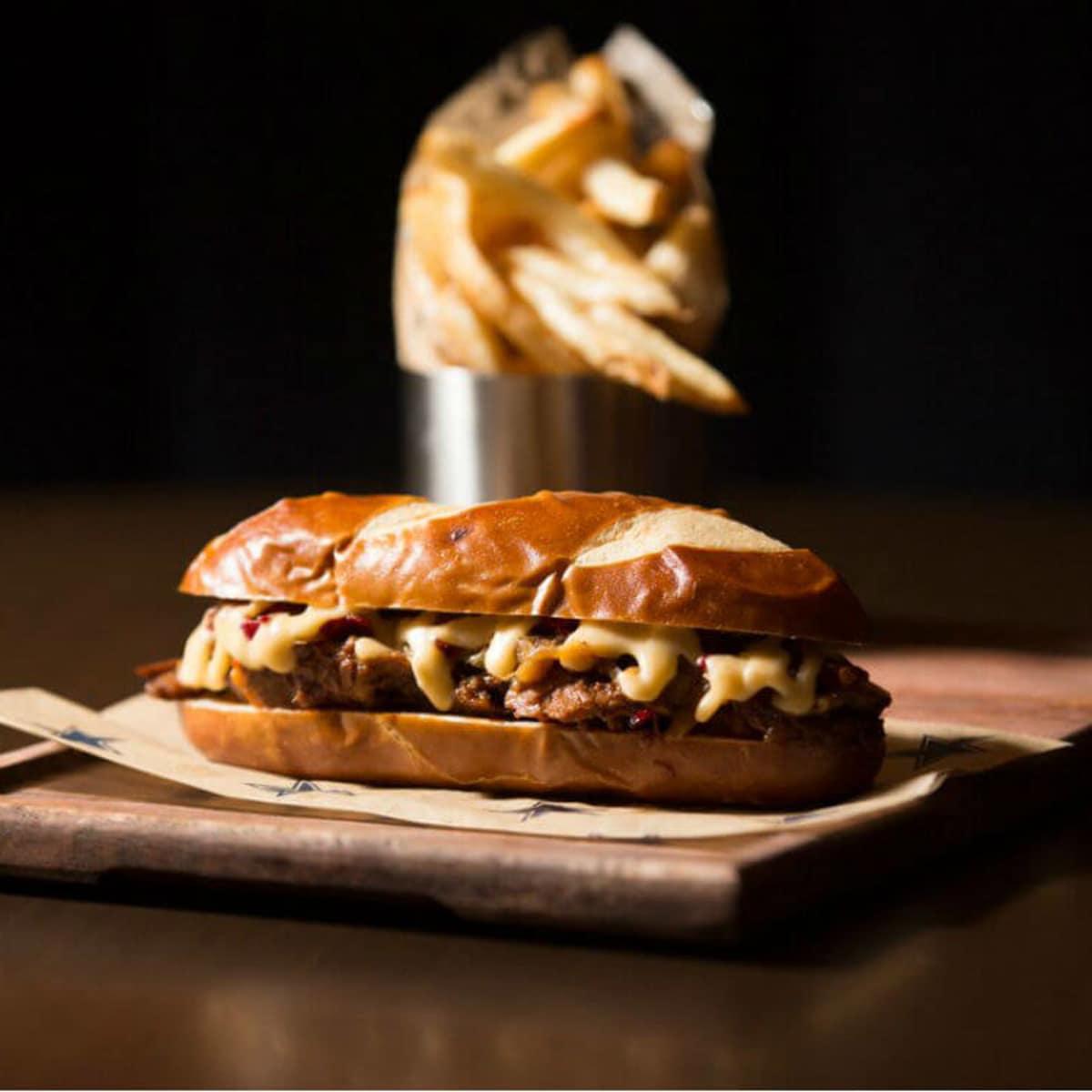Sandwich, Stadium Club