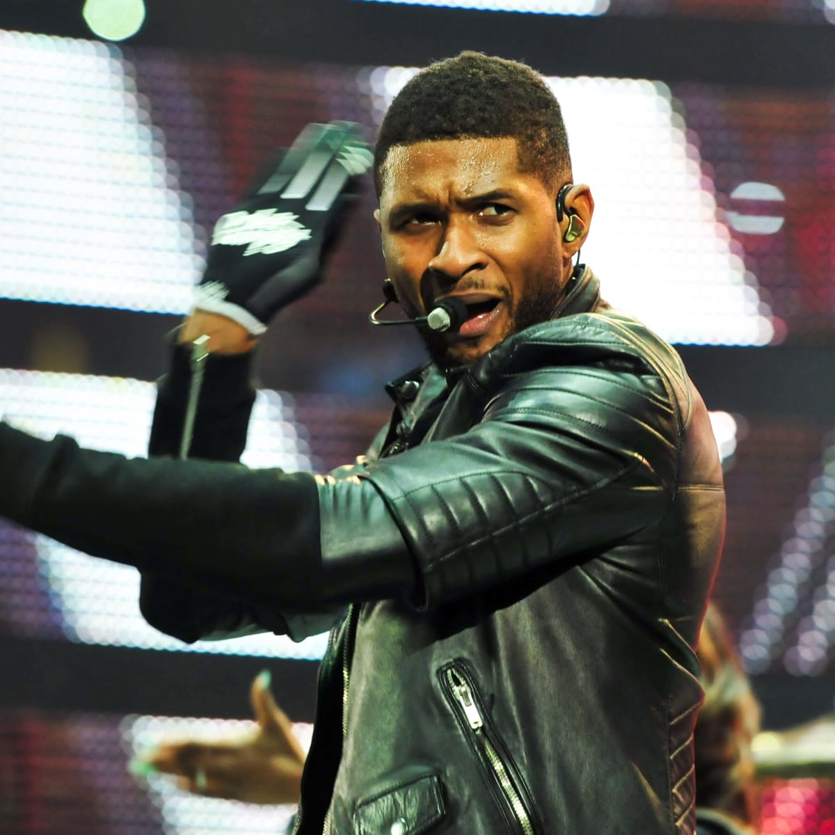 Usher clap