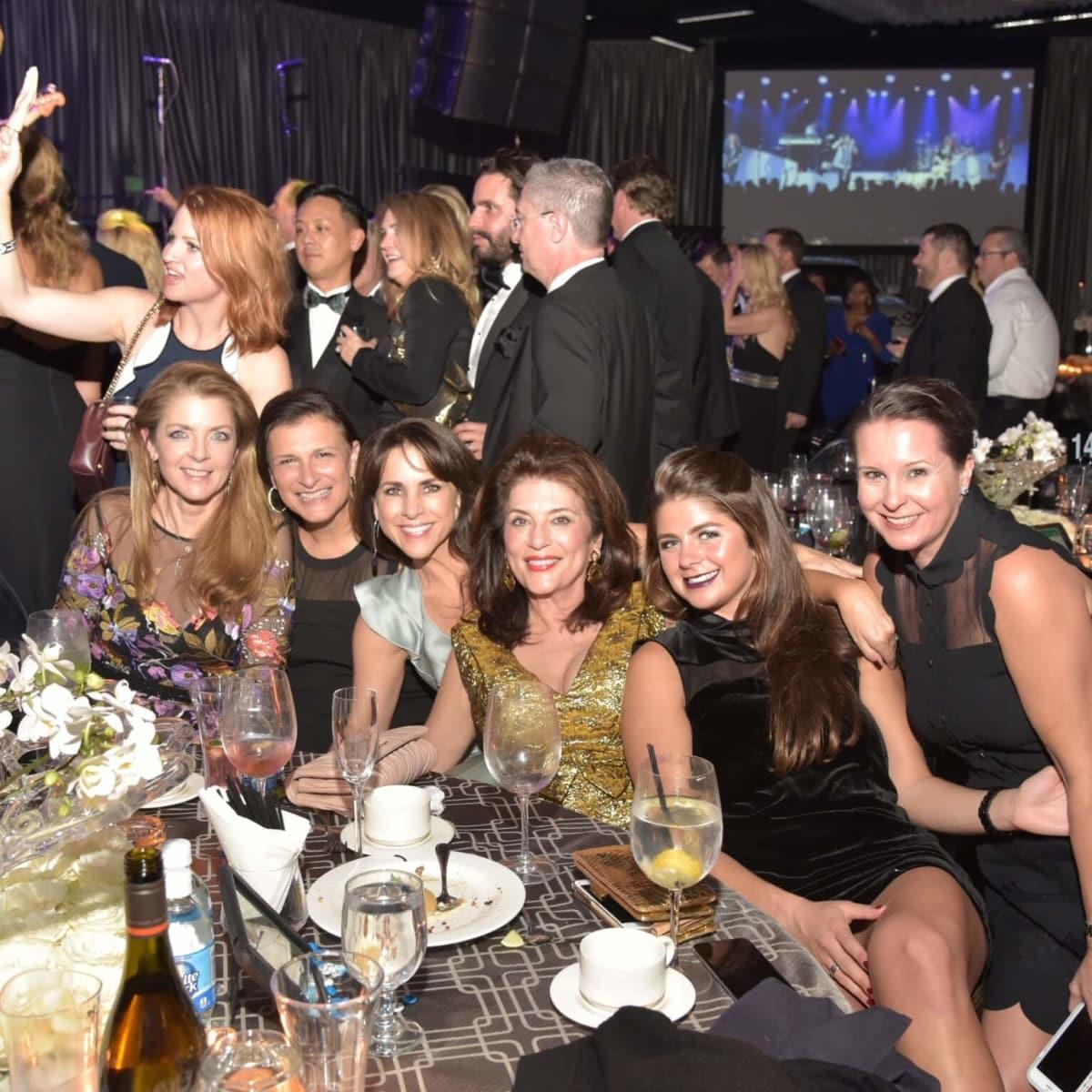 Houston Children's Charity 20th anniversary Paige Fertitta, Deanna Barton, Maria Bush, Dancie Ware, Blayne Fertitta, Heidi Jacquin