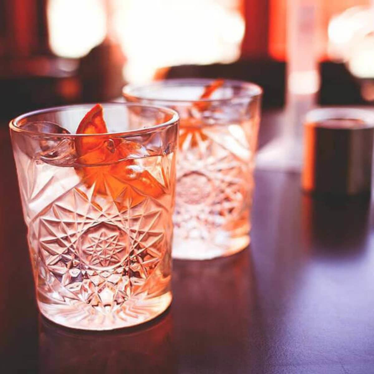 The Bar Cartist