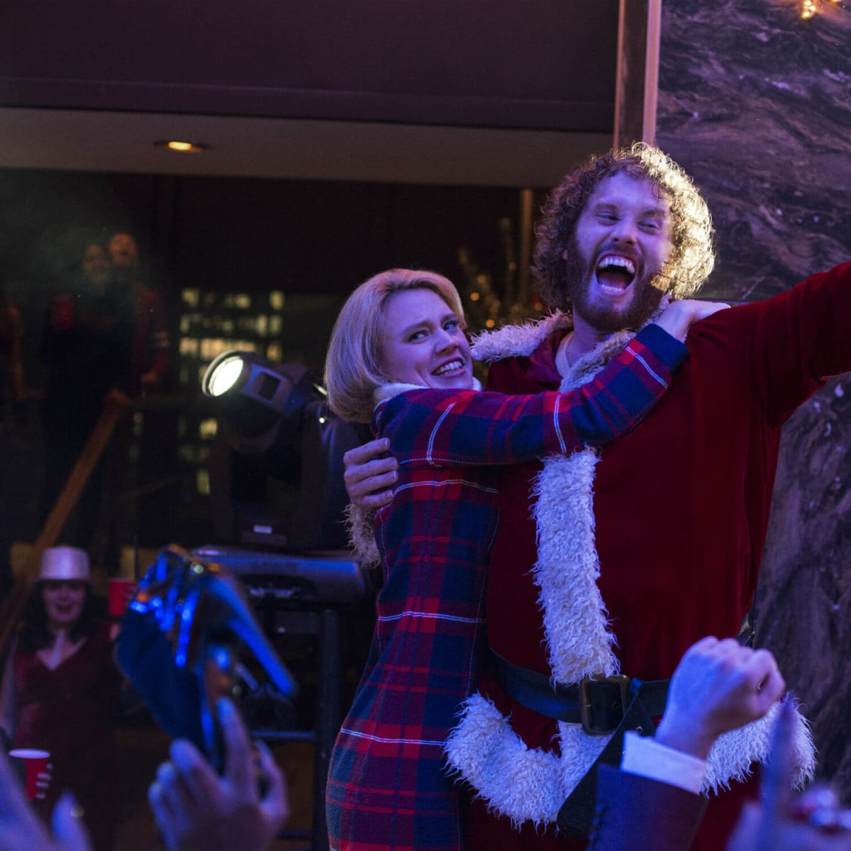 Kate McKinnon and T.J. Miller in Office Christmas Party