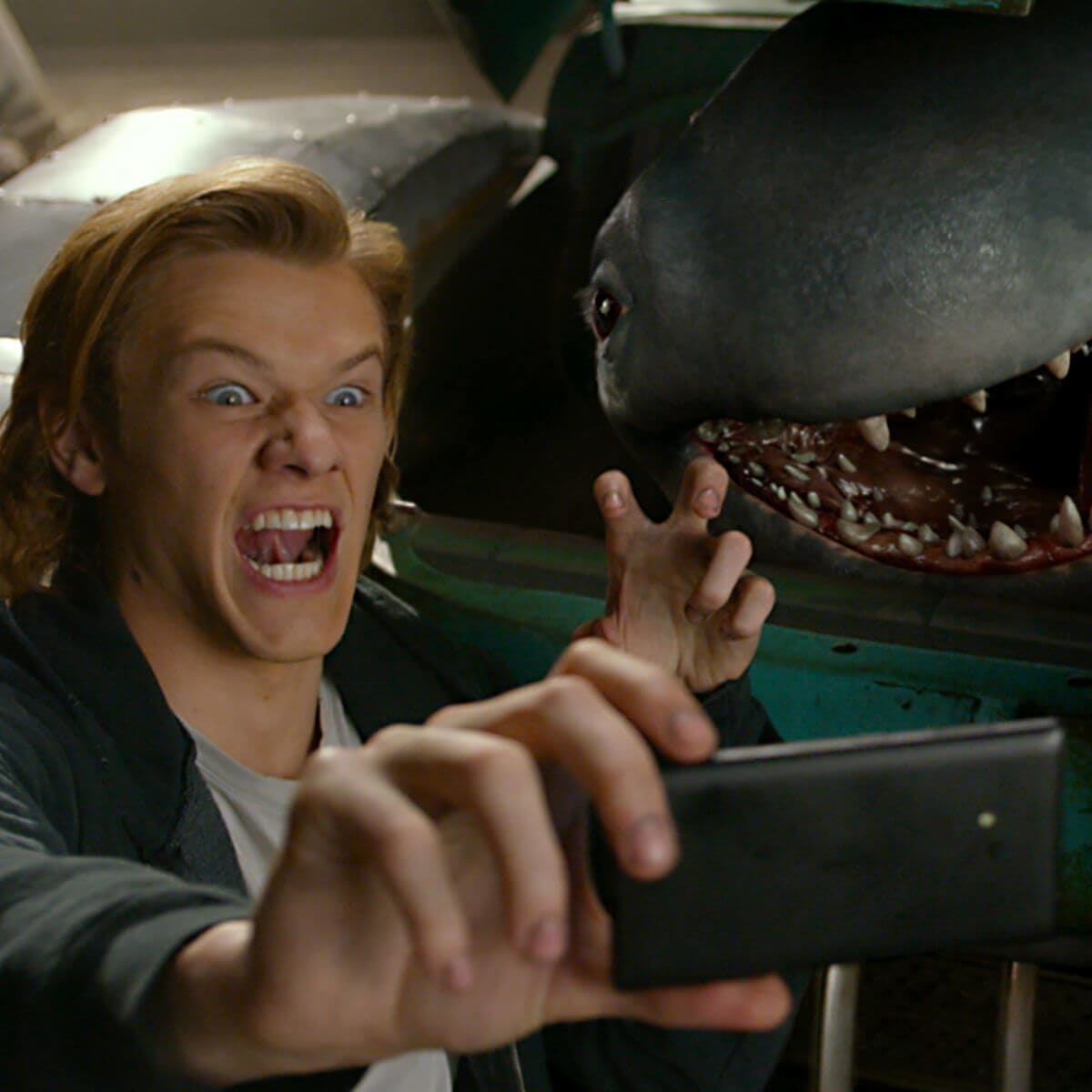 Lucas Till and Creach in Monster Trucks