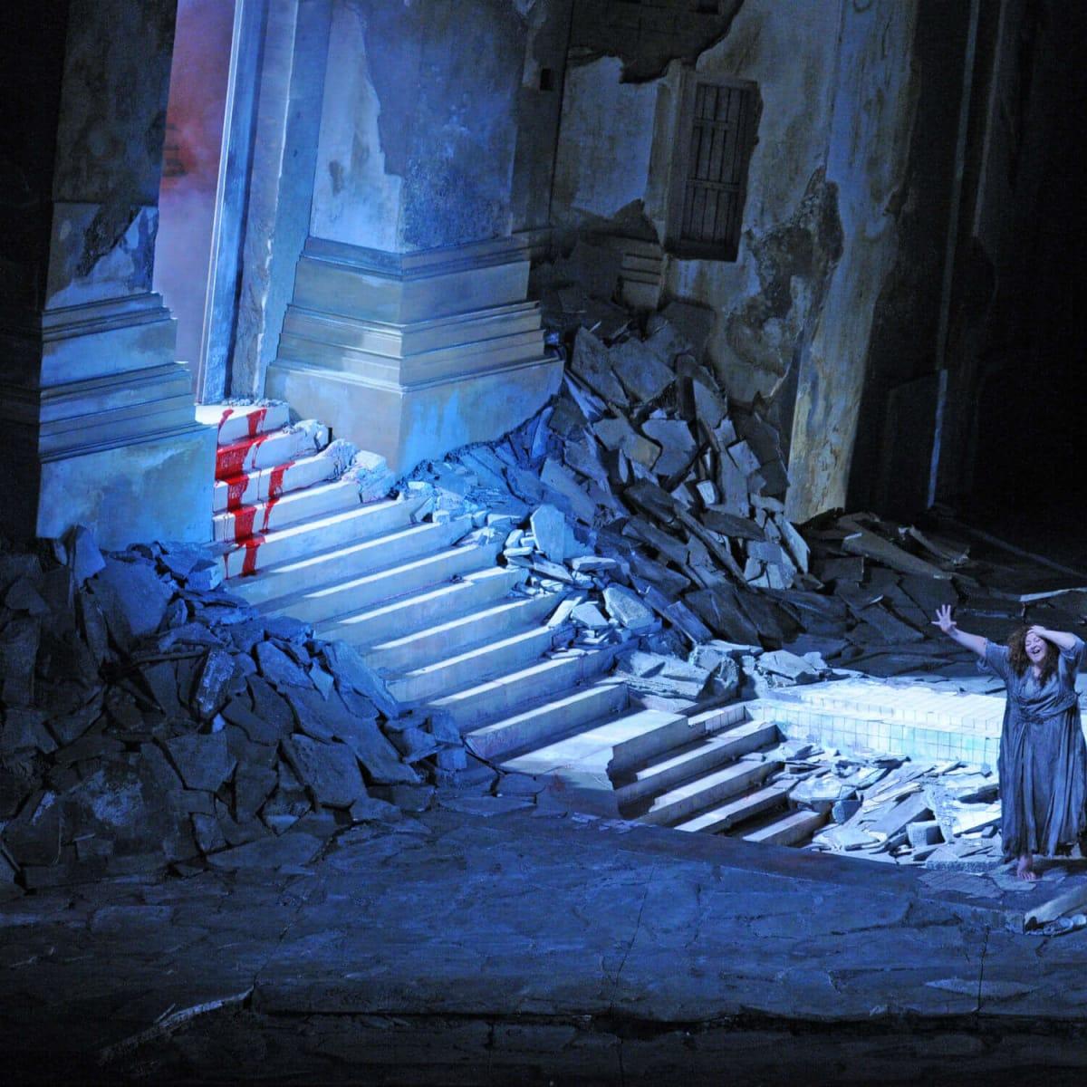 Houston Grand Opera presents <i>Elektra</i>