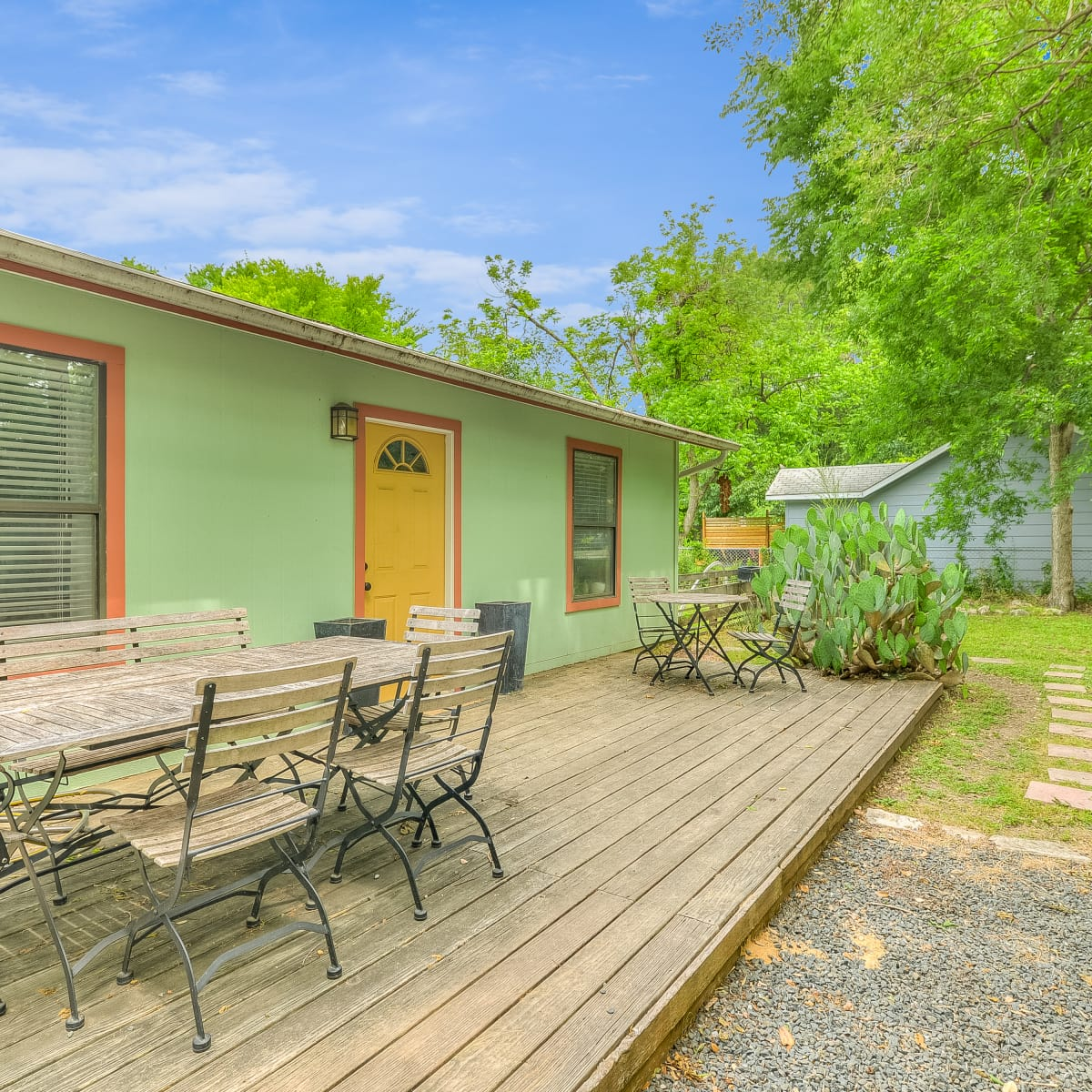1202 Justin Ln Austin house for sale