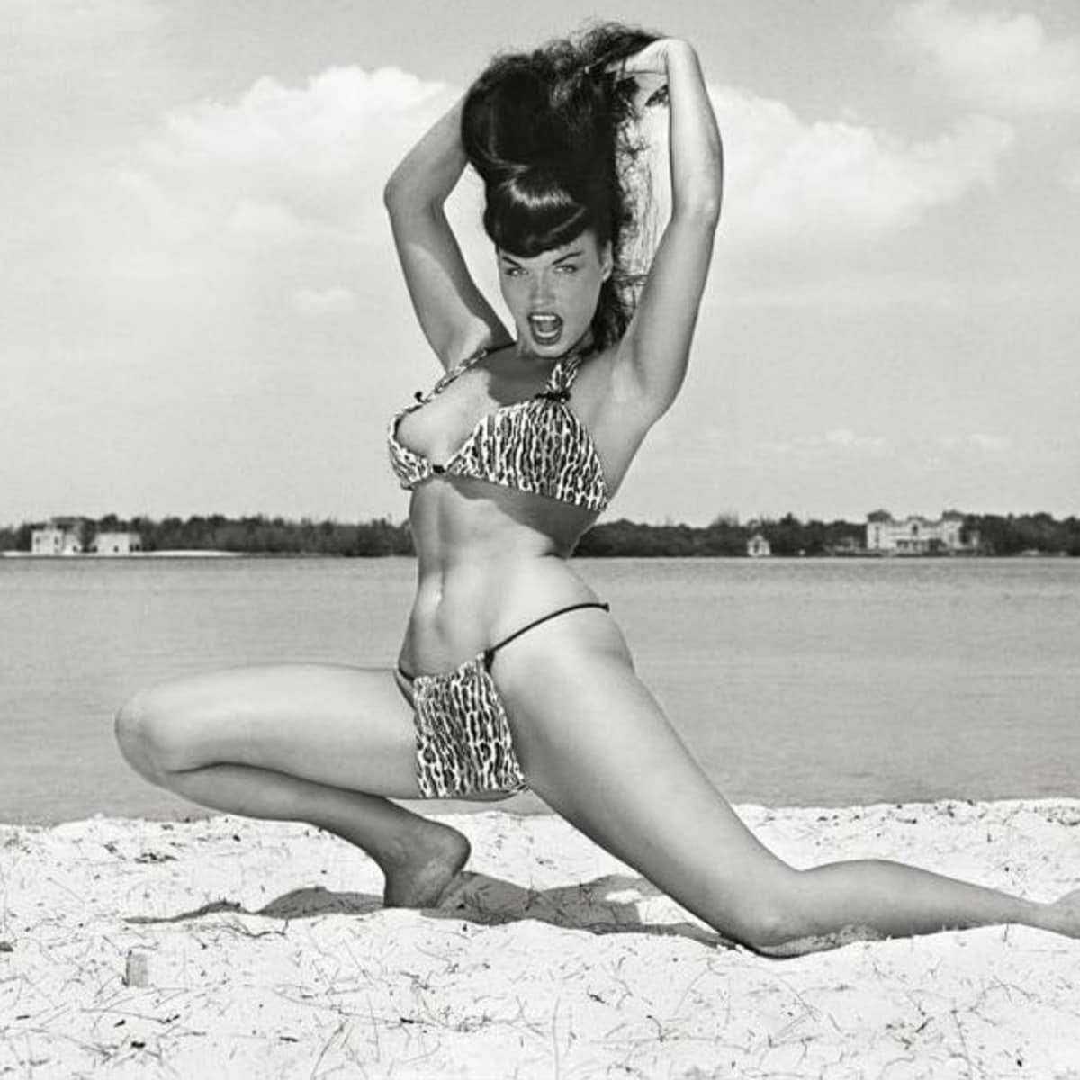 Bettie Page, Bunny Yeager