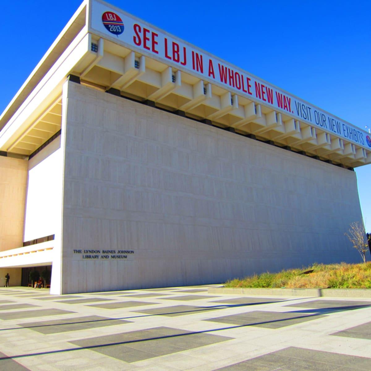 Austin Photo Set: News_Shelley_LBJ library_dec 2012_exterior