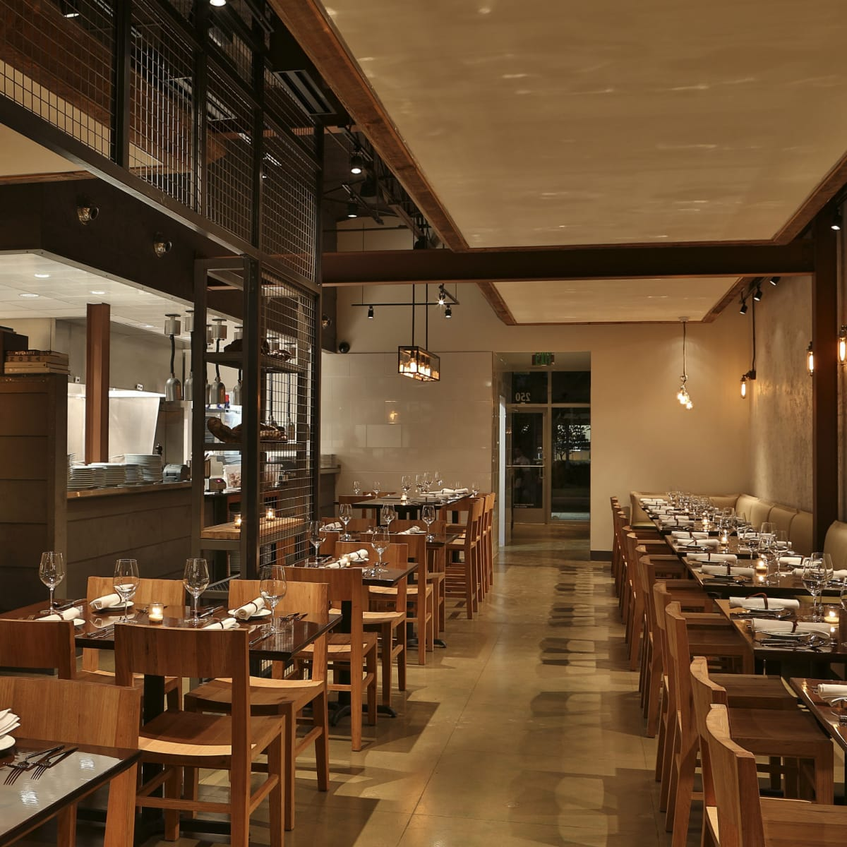 FT33 restaurant in the Dallas Design District