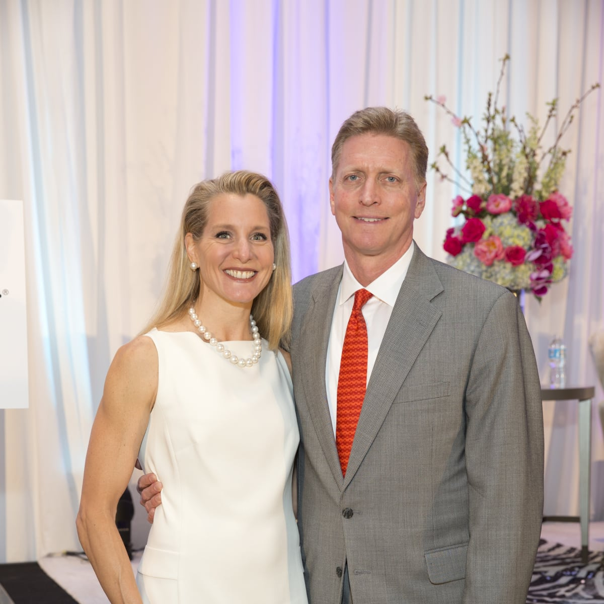 Jeff and Paula Paine at Menninger Clinic luncheon
